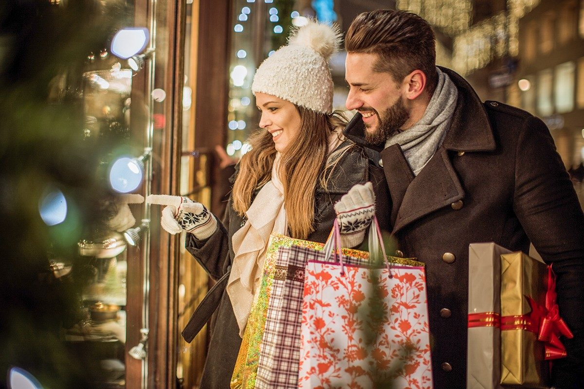 Buying gifts before holidays while saving money